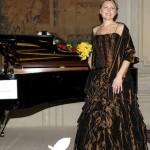 Ирина Перерва - наша соотечественница, выпускница Московской консерватории. С 1994 года начала свою карьеру в Италии.