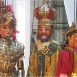 Кукольный театр Антонио Паскуалино представил на суд якутской публики спектакль «Осада Парижа», повествующий о  жизни короля Карла Великого и французских рыцарей Орландо и Рональдо, сражающихся за любовь прекрасной Анжелики