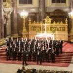 «Questo coro è semplicemente fantastico: il canto è impeccabile e coordinato, il suono russo è assolutamente inconfondibile e preciso